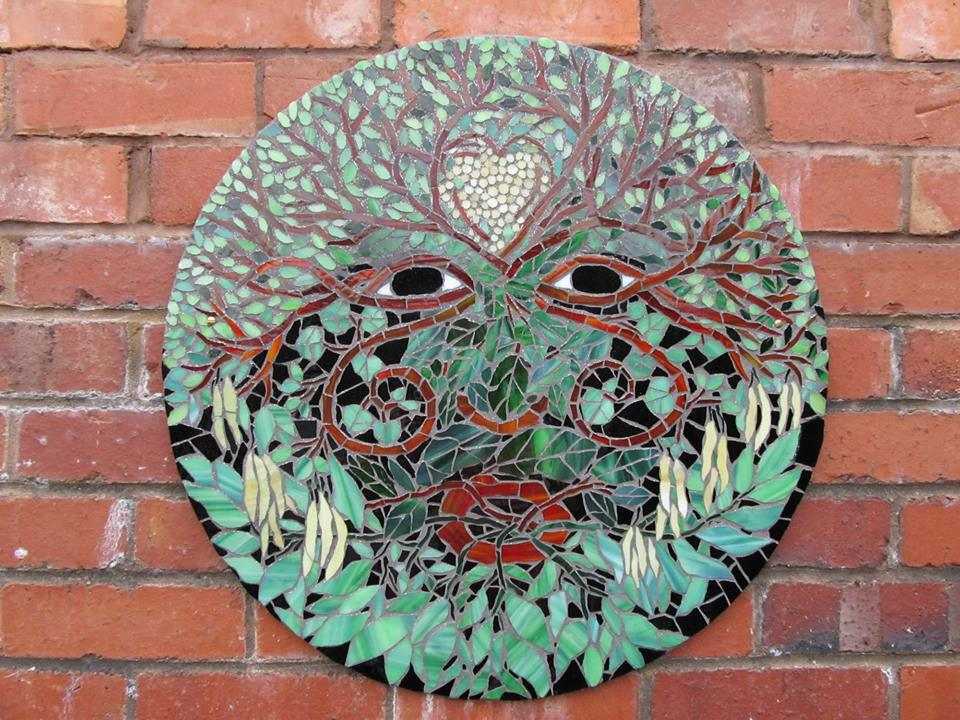 Living tree mosaic by Victoria Harrison of Living Mosaics